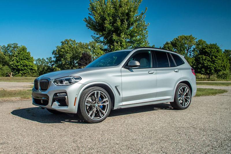 10. BMW X3 (đánh giá độ tin cậy: 4/5, giá khởi điểm: 41.950 USD). USD).