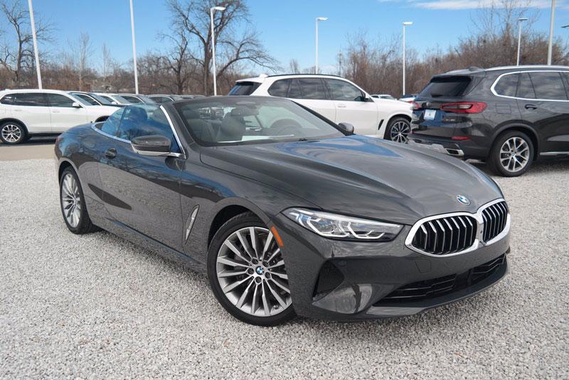 11. BMW 8 Series Convertible 2020 (giá khởi điểm: 100.300 USD).