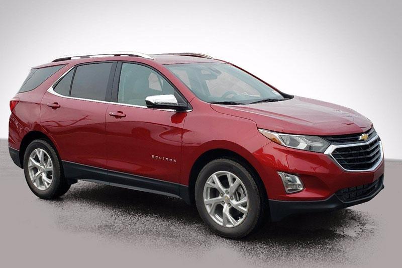 2. Chevrolet Equinox 2020 (đánh giá độ tin cậy: 5/5, giá khởi điểm: 23.800 USD).