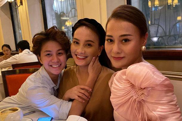 """Phương Oanh """"tiệc tùng"""" cùng Bảo Thanh, Huyền Lizzie dịp sinh nhật."""