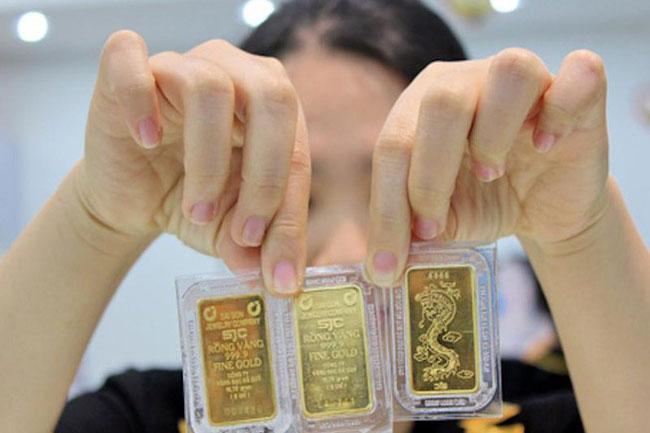 Giá vàng liên tục giảm từ đầu tuần đến nay. (Ảnh: PLO)