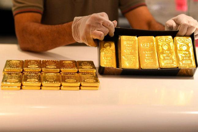 Giá vàng chạm mức thấp nhất trong sáu tuần qua. (Ảnh: Getty Images)