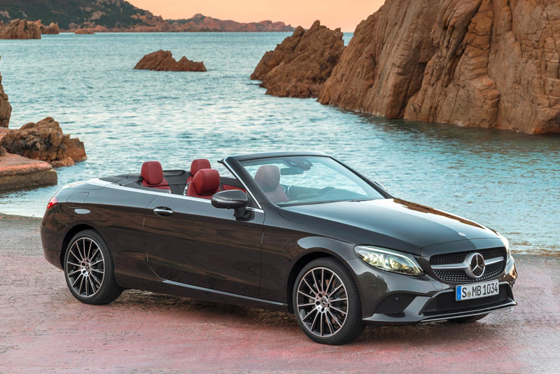 9. Mercedes-Benz C-Class Cabriolet 2020 (giá khởi điểm: 55.950 USD).