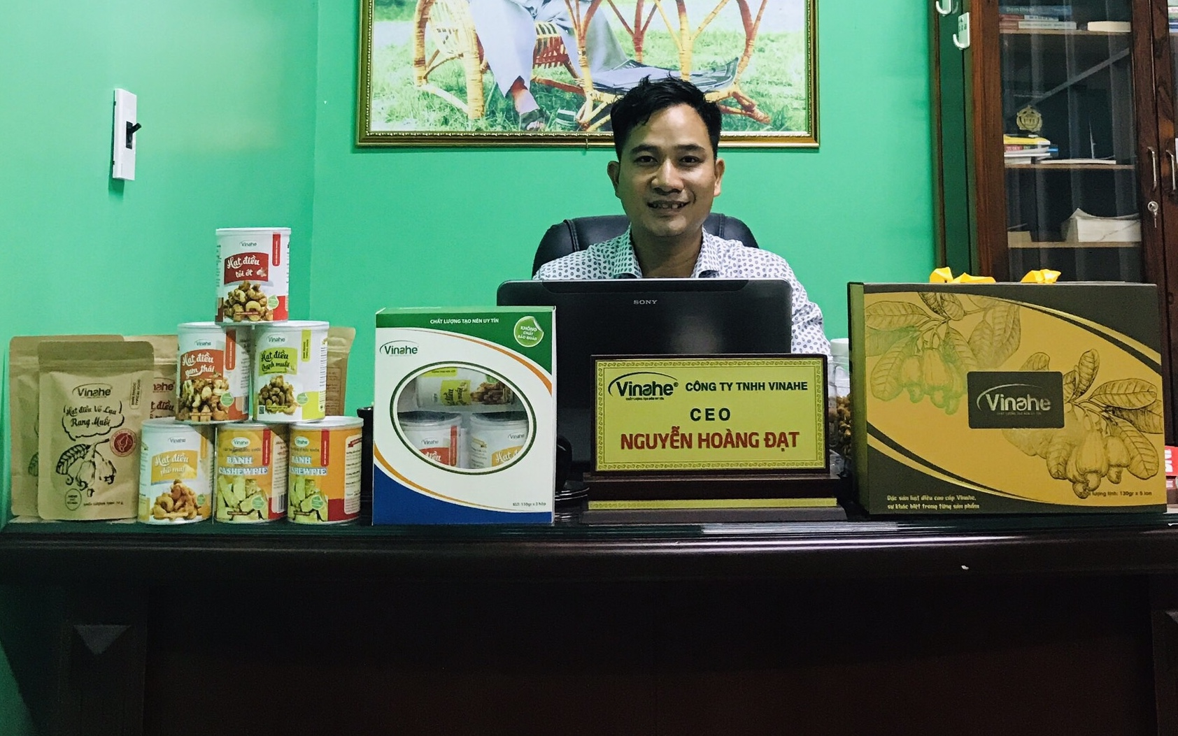 CEO Nguyễn Hoàng Đạt - người quyết tâm đưa hình ảnh hạt điều Bình Phước ra thế giới.