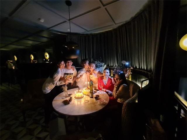 Phương Oanh tiệc tùng cùng Bảo Thanh, Huyền Lizzie dịp sinh nhật - Ảnh 2.
