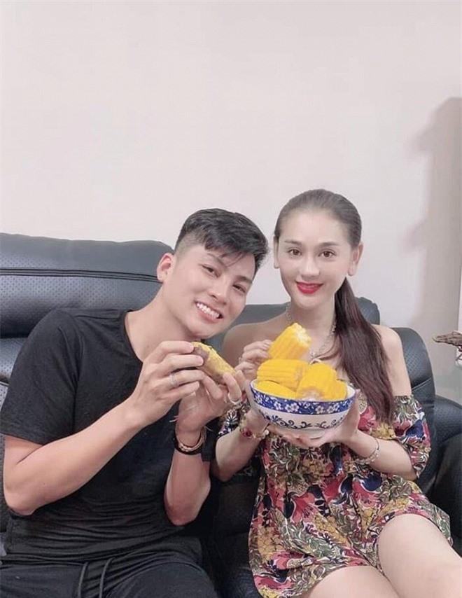 Lâm Khánh Chi nấu ăn 1
