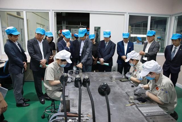 Công ty TNHH Cơ khí chính xác và chế tạo khuôn mẫu Việt Nam,