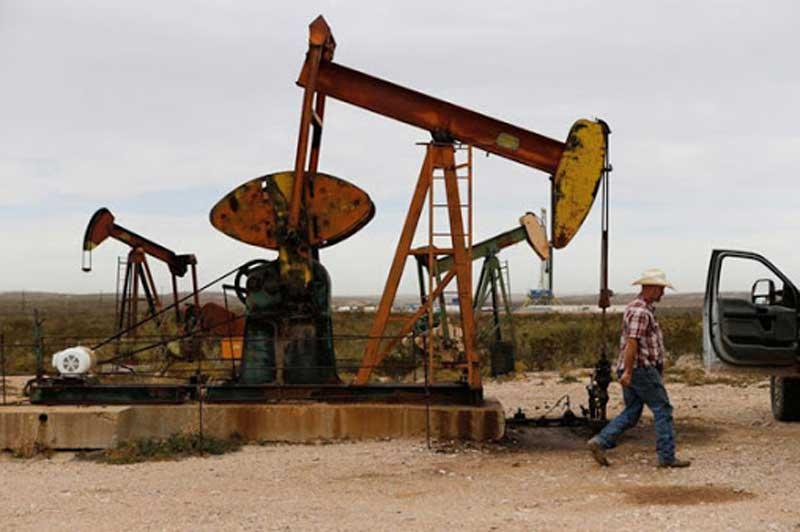 """Giá xăng, dầu (24/9): """"Đi xuống"""" do tồn kho dầu thô của Mỹ tăng"""
