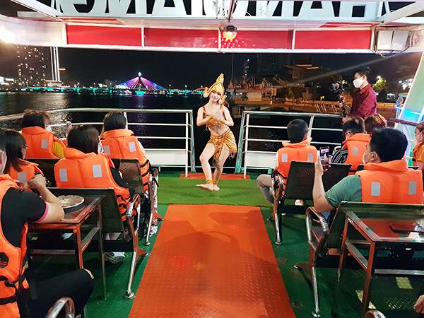 Từ 0h00 ngày 25/9, TP Đà Nẵng dỡ bỏ nốt quy định tạm dừng hoạt động để phòng, choonggs dịch Covid-19 ddooois với 05 loại hình hoạt động cuối cùng là