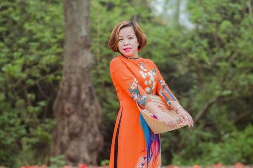 bà Phan Thị Thu Minh - Phó Chủ tịch Thường trực Hội Du lịch Cộng Đồng Việt Nam(VTCT), Giám đốc – Cty TNHH Đầu tư TM và DL Hoàng Anh( Hà Nội)