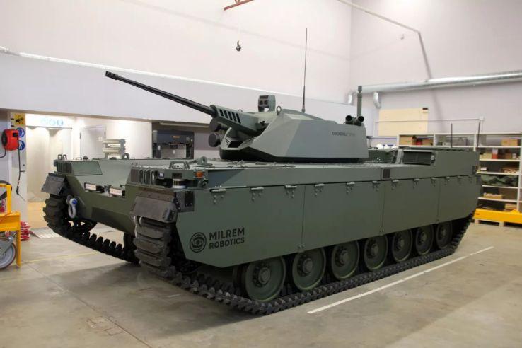 Milrem Robotics ra mắt Type-X RCV với tháp pháo CPWS II
