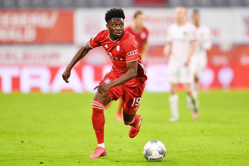 =6. Alphonso Davies (Bayern Munich, 19 tuổi, định giá chuyển nhượng: 72 triệu bảng).