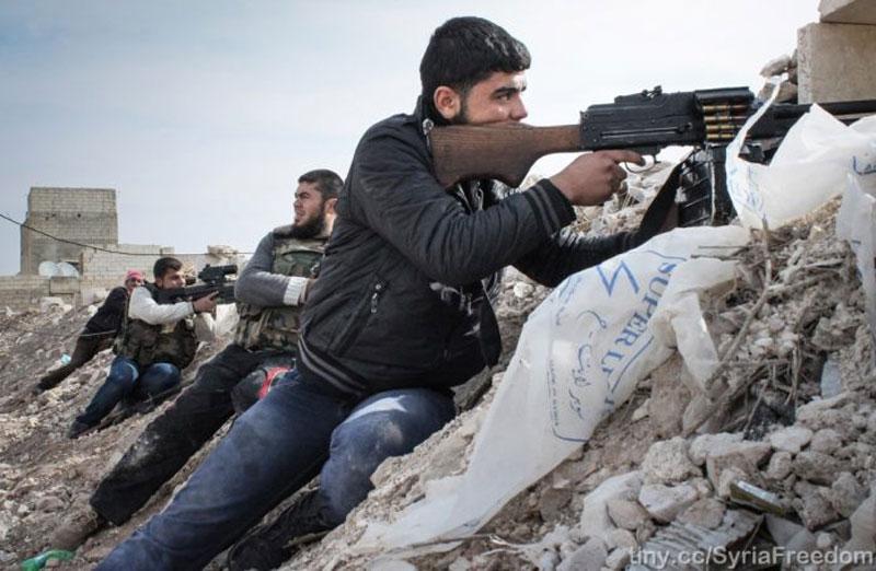 Đụng độ nghiêm trọng giữa các phe do Thổ Nhĩ Kỳ hậu thuẫn ở Tây Bắc Syria