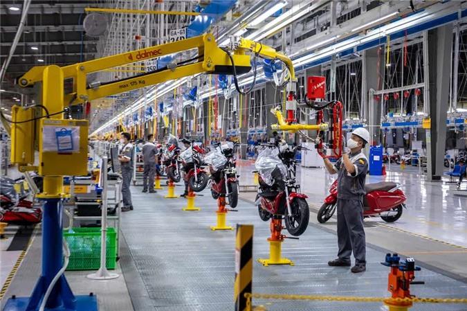 50.000 chiếc xe máy điệnVinFast đã được tiêu thụ vào năm ngoái. Ảnh: Bloomberg