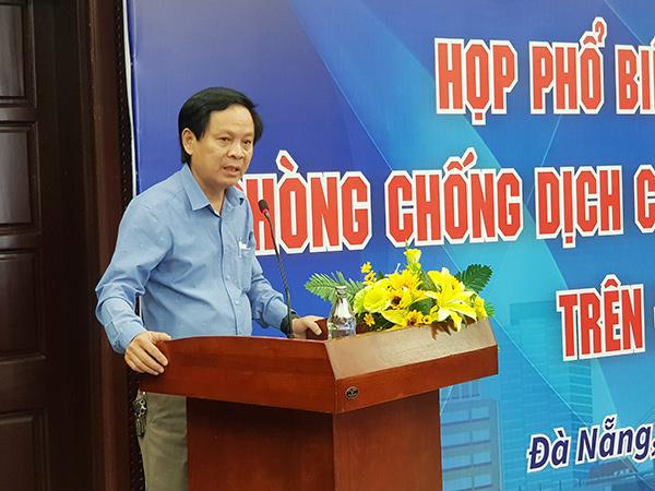 Ông Nguyễn Hóa, Phó Giám đốc CDC Đà Nẵng, phát biểu tại hội nghị