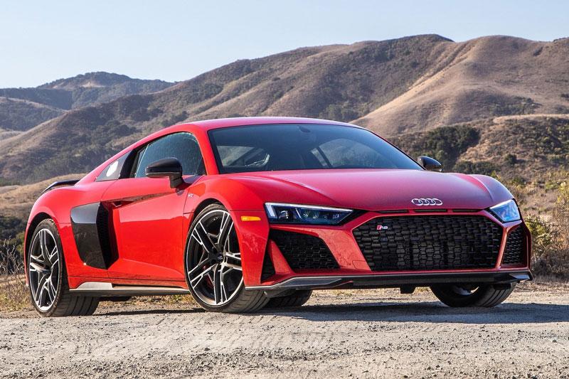 3. Audi R8 2020 (giá khởi điểm: 169.900 USD, điểm tổng thể: 8,8/10).