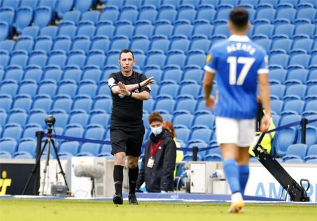 Brighton 2-3 Man Utd: Chiến thắng kịch tính - 1