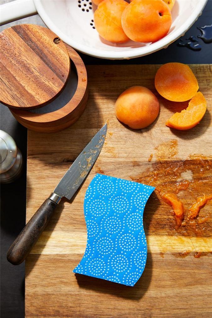 Chỉ mất 5 phút để khiến căn bếp sạch tinh mỗi ngày chỉ với các mẹo sau - Ảnh 6.