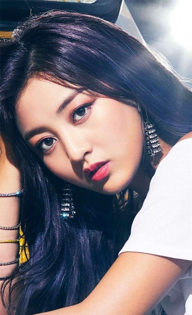 Top 5 idol nữ có đôi mắt đẹp nhất Kpop: Lisa (BLACKPINK) mê hoặc với vẻ đẹp long lanh, Jihyo (TWICE) thu hút mọi ánh nhìn - Ảnh 12
