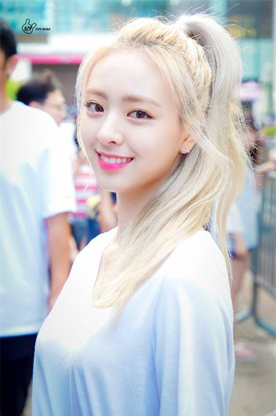 Top 5 idol nữ có đôi mắt đẹp nhất Kpop: Lisa (BLACKPINK) mê hoặc với vẻ đẹp long lanh, Jihyo (TWICE) thu hút mọi ánh nhìn - Ảnh 5