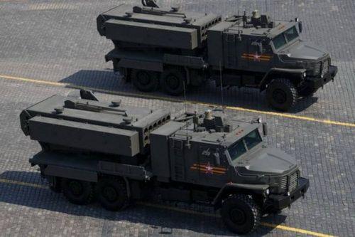 Tổ hợp phun lửa hạng nặng TOS-2 Tosochka của Nga. Ảnh: RIA Novosti.