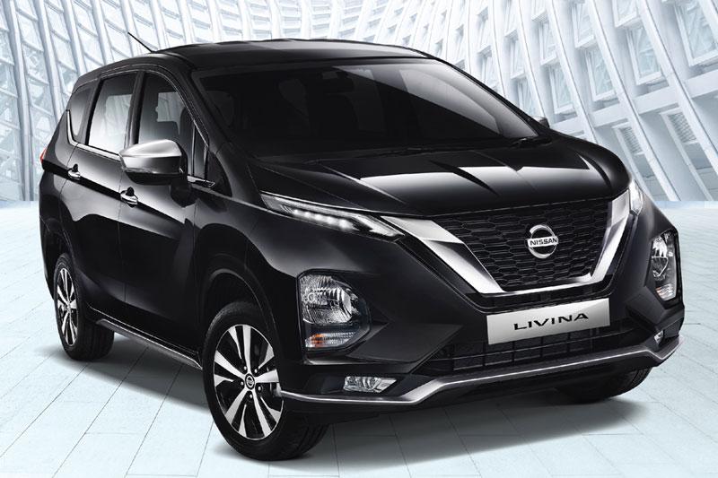 1. Nissan Livina (doanh số: 6,338 chiếc).
