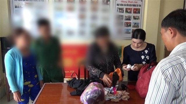 Triệt phá đường dây mua bán phụ nữ, giải cứu 2 thiếu nữ dưới 16 tuổi - Ảnh 2.