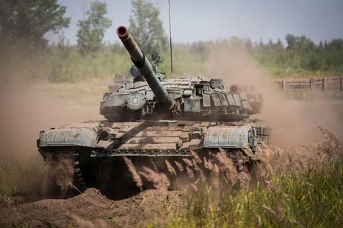 Tất cả các xe tăng chiến đấu chủ lực T-72B của Nga sẽ được nâng cấp lên chuẩn T-72B3M. Ảnh: Reporter.