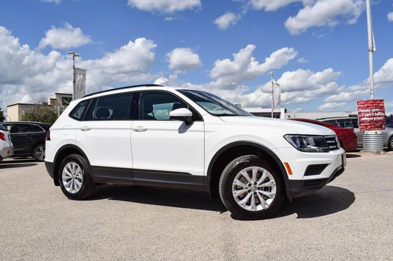 3. Volkswagen Tiguan 2020 (giá khởi điểm: 24.945 USD).