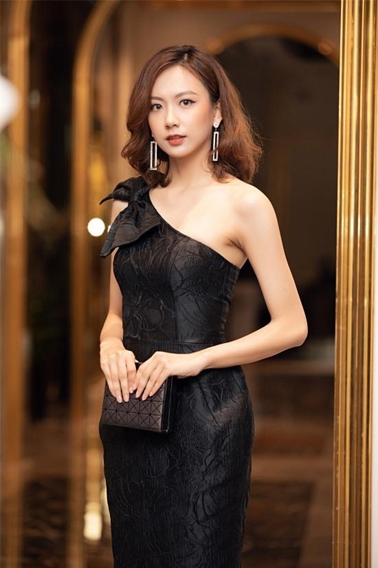 Bản sao Nhã Phương thi Hoa hậu VN 2020 - 22