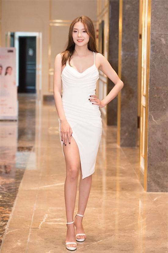 Bản sao Nhã Phương thi Hoa hậu VN 2020 - 12
