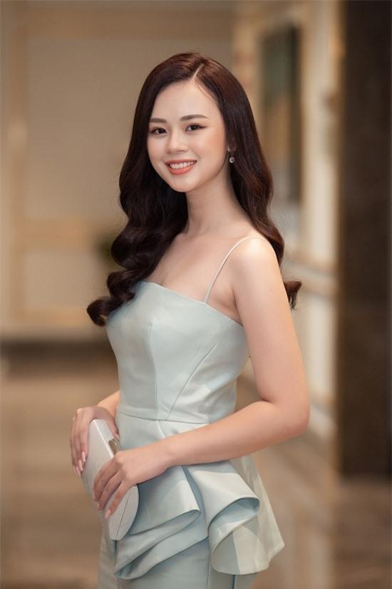 Bản sao Nhã Phương thi Hoa hậu VN 2020 - 16