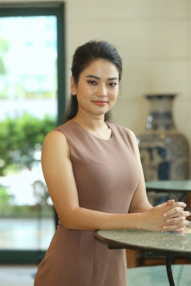 Diễn viên Thu Quỳnh: 'Tôi rất áp lực khi vào vai con giáp thứ 13' 4