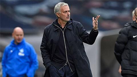 Mourinho ngỏ ý 'buông' cúp Liên đoàn, Lampard có cơ hội thắng thầy cũ