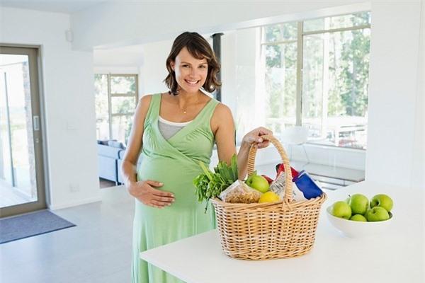 Trị táo bón đúng cách với những loại thực phẩm an toàn để đảm bảo sức khỏe của cả mẹ bầu và thai nhi