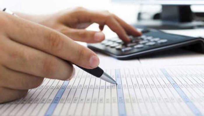 Tổng doanh thu trong kỳ tính thuế thu nhập doanh nghiệp năm 2020 của doanh nghiệp bao gồm toàn bộ tiền bán hàng, tiền gia công, tiền cung ứng dịch vụ kể cả trợ giá, phụ thu, phụ trội.