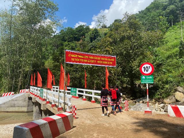 công trình cầu đập tràn tại (suối 1) thôn Chu Thượng và thôn Khá Thượng, xã Tân Lập, huyện Bắc Quang và tại thôn Yên Sơn, xã Nậm Ty, huyện Hoàng Su Phì, tỉnh Hà Giang.