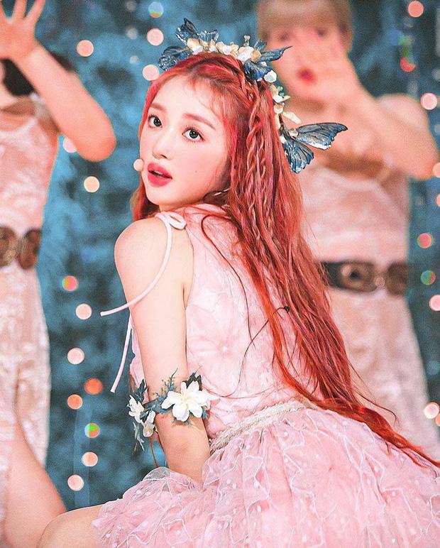 YooA vượt mặt Jennie (BLACKPINK) và Irene (Red Velvet) để xếp vị trí thứ 2 trong BXH giá trị thương hiệu tháng 9 – Ảnh: Internet