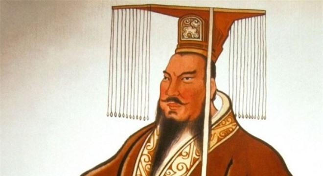 Tuy là một bậc đế vương tàn bạo nhưng Tần Thủy Hoàng chính là người cho xây dựng Vạn Lý Trường Thành