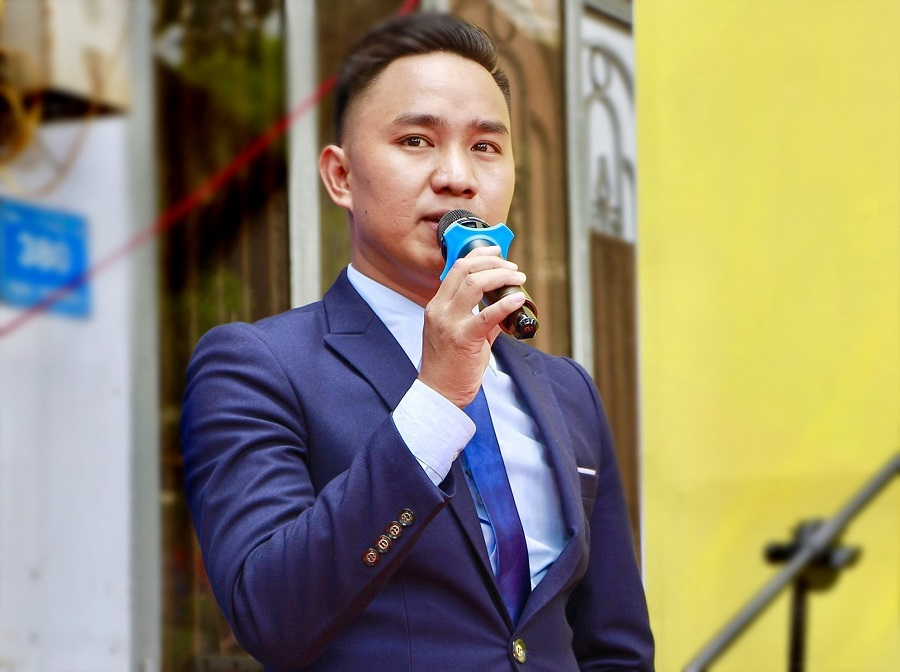 Doanh nhân 9X Thân Văn Bình, CEO Công ty TNHH Tổ chức sự kiện Hoàng Bình – người nặng lòng với các hoạt động xã hội.