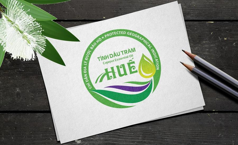 """Mẫu nhãn (logo) chỉ dẫn địa lý """"Huế"""" cho sản phẩm tinh dầu tràm của tỉnh Thừa Thiên Huế."""