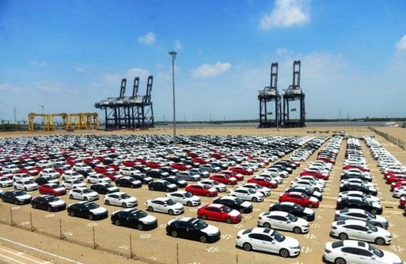 Tháng 9,  ô tô nhập khẩu tăng mạnh tới hơn 35%