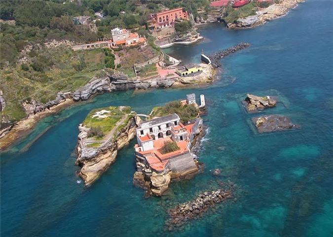 Hiện tượng bí ẩn xảy ra trên đảo Gaiola vào thế kỷ thứ 19