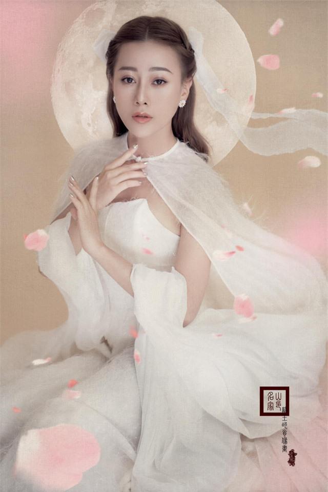 Vào vai chị Hằng, sao Việt nào đẹp nhất mùa Trung thu 2020? - Ảnh 15.