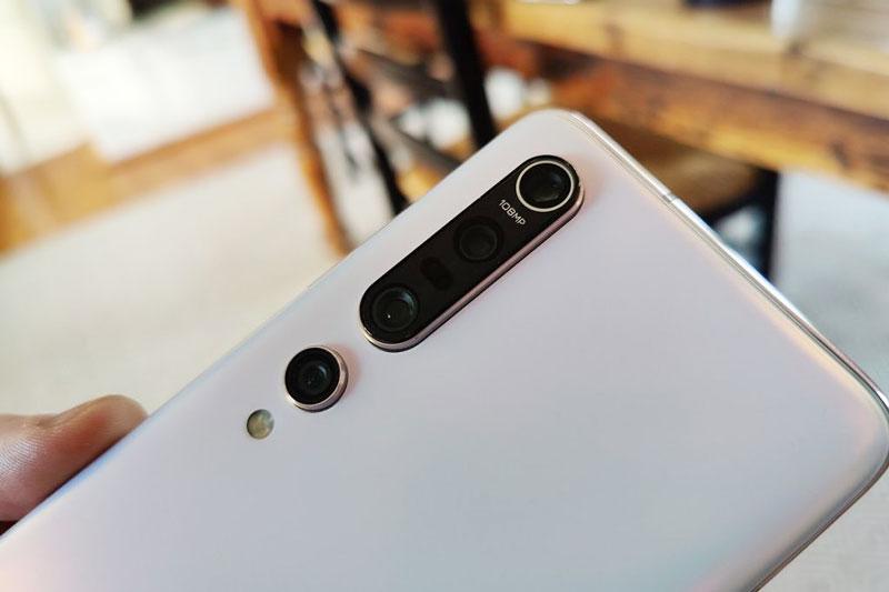 =5. Xiaomi Mi 10 Pro (124 điểm).