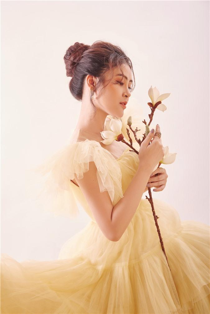 Á hậu Lý Kim Thảo: Không có chuyện ngồi im rồi hoàng tử sẽ đến cho bạn cuộc sống xa hoa - Ảnh 5.