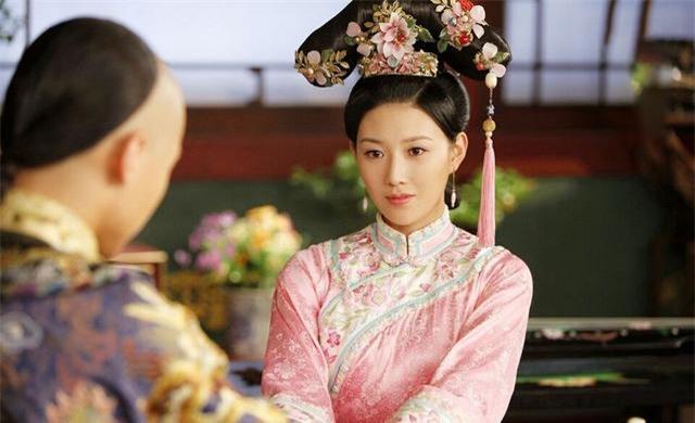 Chuyện về phi tần không được yêu thương, mơ thấy ấn ký rồng xanh sau đó sinh ra Hoàng đế Khang Hi nổi tiếng bậc nhất lịch sử Trung Hoa - Ảnh 3.