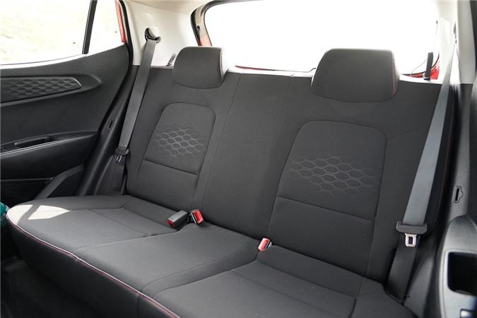 Danh gia Hyundai Grand i10 2020 anh 10