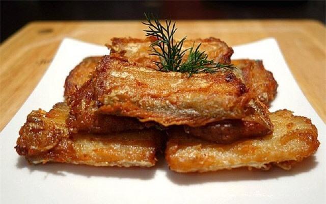 Món cá được chuyên gia gọi là kho canxi tự nhiên: Cao gấp 4 lần sữa, giá lại bình dân - Ảnh 2.
