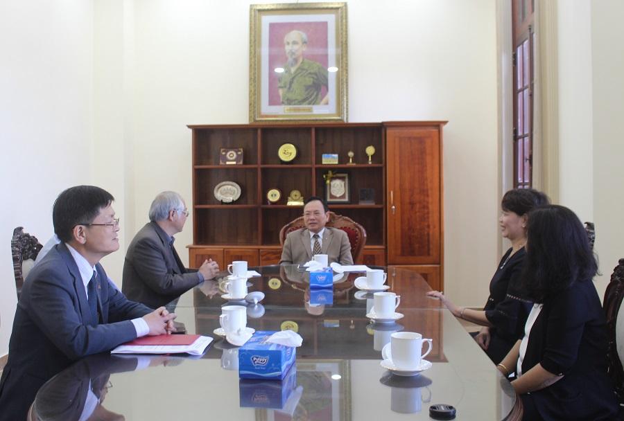 Phó Chủ tịch UBND tỉnh Lâm Đồng tiếp và làm việc với lãnh đạo Hiệp hội Doanh nghiệp tỉnh trước thềm Đại hội Hiệp hội nhiệm kỳ III.